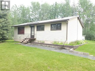 Photo 1: 5 Bedroom Bungalow with Double Detached Garage in Robb, AB