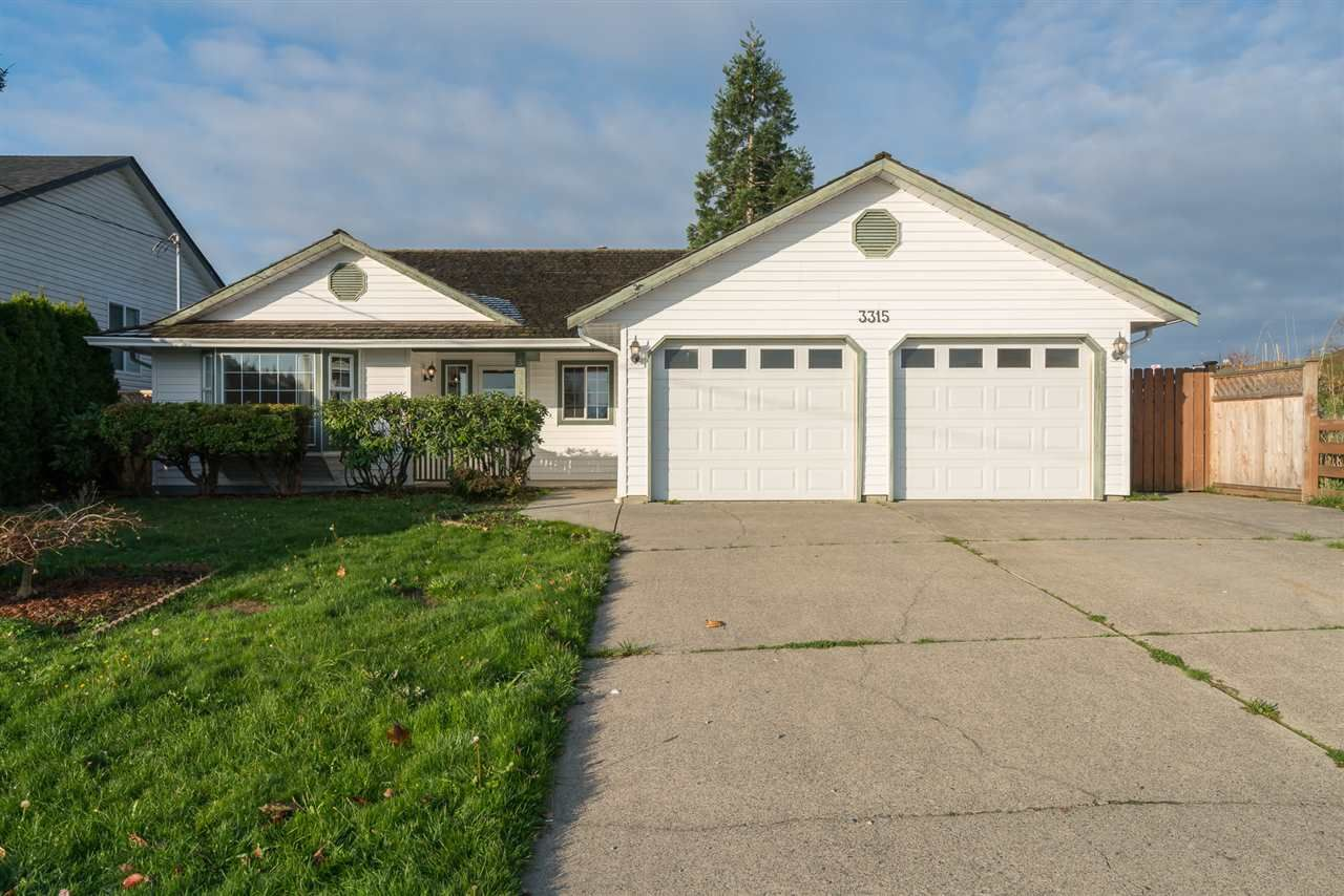 Main Photo: 3315 Townline Road in Abbotsford: House  : MLS®# R2321958