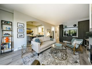 """Photo 10: 201 1705 MARTIN Drive in Surrey: Sunnyside Park Surrey Condo for sale in """"Southwynd"""" (South Surrey White Rock)  : MLS®# R2393853"""