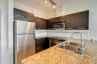 """Photo 8: 412 33539 HOLLAND Avenue in Abbotsford: Central Abbotsford Condo for sale in """"THE CROSSING"""" : MLS®# R2605185"""