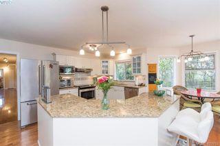 Photo 7: 4999 Del Monte Ave in VICTORIA: SE Cordova Bay House for sale (Saanich East)  : MLS®# 799964