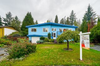 Photo 1: 4257 200A Street in Langley: Brookswood Langley House for sale : MLS®# R2622469