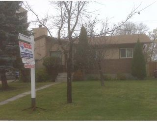 Photo 1: 500 SHELLEY Street in WINNIPEG: Westwood / Crestview Residential for sale (West Winnipeg)  : MLS®# 2820027