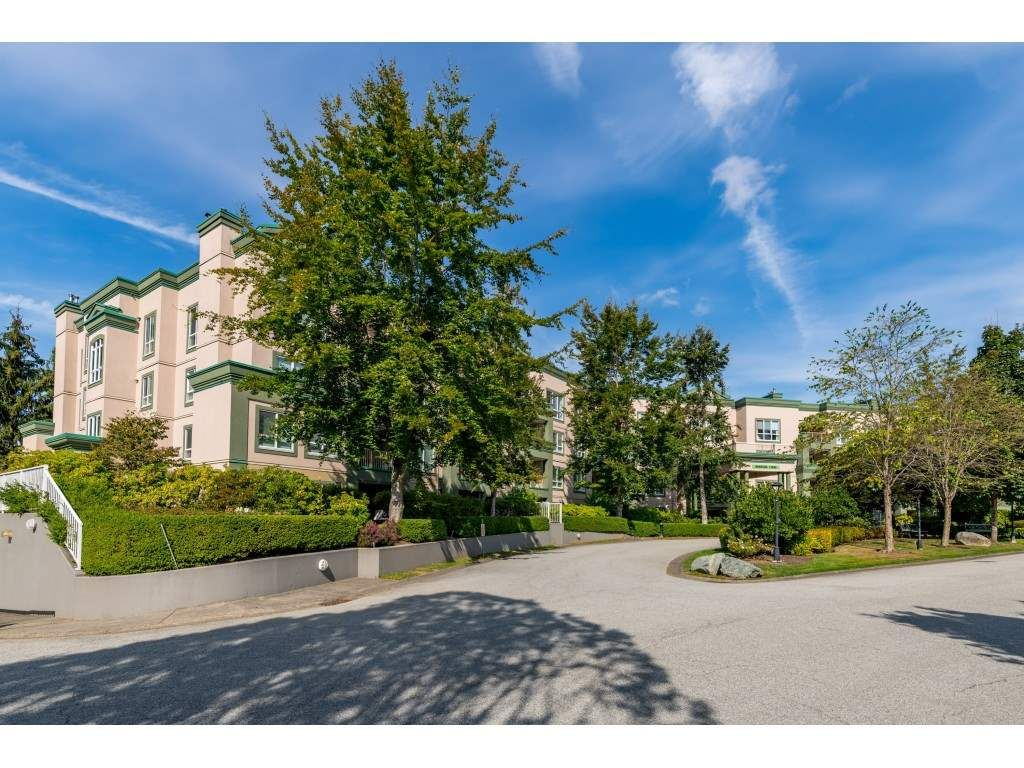 "Main Photo: 331 13880 70 Avenue in Surrey: East Newton Condo for sale in ""Chelsea Gardens"" : MLS®# R2528464"