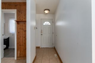 Photo 2: 188 CENTENNIAL Court in Edmonton: Zone 21 Townhouse for sale : MLS®# E4232176