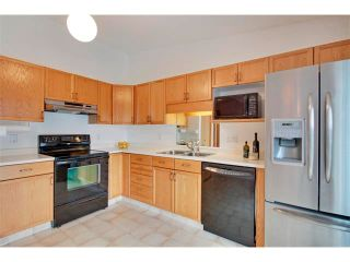 Photo 9: 43 LINCOLN Manor SW in Calgary: Lincoln Park House for sale : MLS®# C4008792