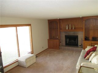 Photo 5: 8308 EDGEVALLEY Drive NW in Calgary: Edgemont House for sale : MLS®# C4034908