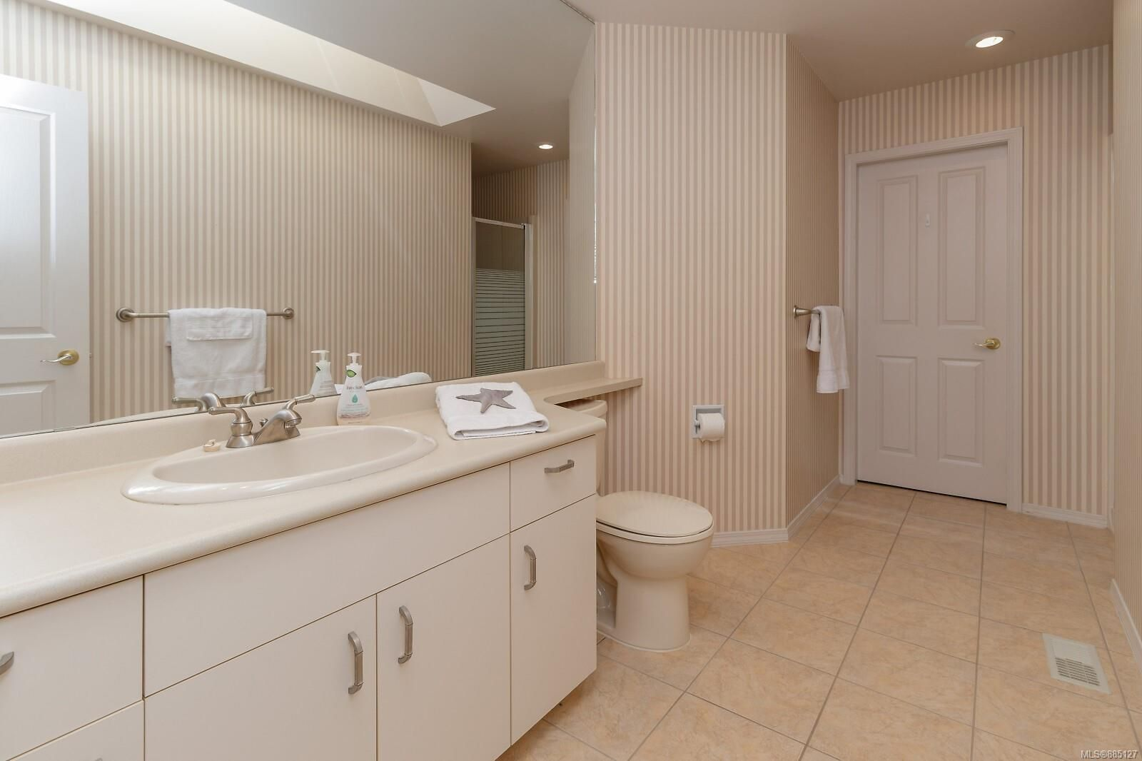 Photo 39: Photos: 26 529 Johnstone Rd in : PQ French Creek Row/Townhouse for sale (Parksville/Qualicum)  : MLS®# 885127