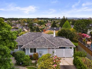 Photo 35: 310 Windermere Pl in : Vi Fairfield West House for sale (Victoria)  : MLS®# 876076