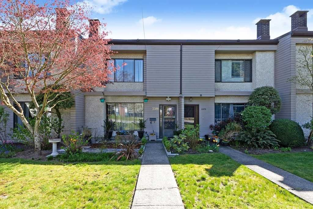 Main Photo: 3380 VINCENT Street in Port Coquitlam: Glenwood PQ Townhouse for sale : MLS®# R2570244