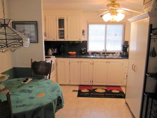 """Photo 7: 104 9950 WILSON Street in Mission: Stave Falls Manufactured Home for sale in """"Ruskin Place"""" : MLS®# R2123611"""