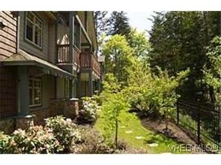 Photo 9:  in VICTORIA: La Bear Mountain Row/Townhouse for sale (Langford)  : MLS®# 430651