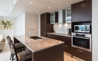"""Photo 6: 3305 1028 BARCLAY Street in Vancouver: West End VW Condo for sale in """"PATINA"""" (Vancouver West)  : MLS®# R2237109"""
