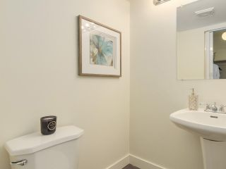 """Photo 14: 1179 LILLOOET Road in North Vancouver: Lynnmour Condo for sale in """"LYNNMOUR WEST"""" : MLS®# R2255742"""