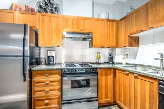 """Photo 12: 2782 VINE Street in Vancouver: Kitsilano Townhouse for sale in """"The Mozaiek"""" (Vancouver West)  : MLS®# R2151077"""