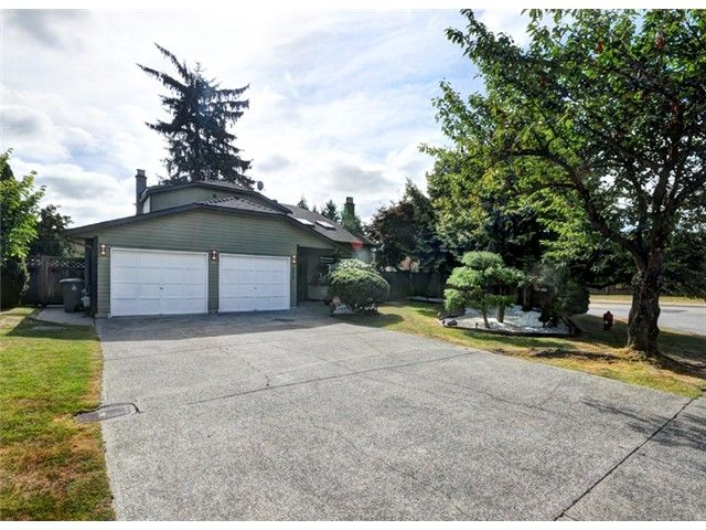 Main Photo: 10018 156A ST in Surrey: Guildford House for sale (North Surrey)  : MLS®# F1418291