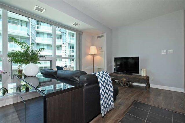 Photo 17: Photos: 326 600 Fleet Street in Toronto: Niagara Condo for sale (Toronto C01)  : MLS®# C3510786