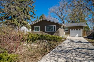 Photo 2: 1710 Prince of Wales Avenue in Saskatoon: Richmond Heights Residential for sale : MLS®# SK852724