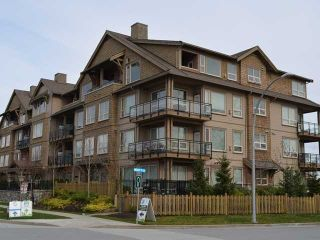 """Photo 1: 105 250 SALTER Street in New Westminster: Queensborough Condo for sale in """"PADDLERS LANDING"""" : MLS®# V1056609"""