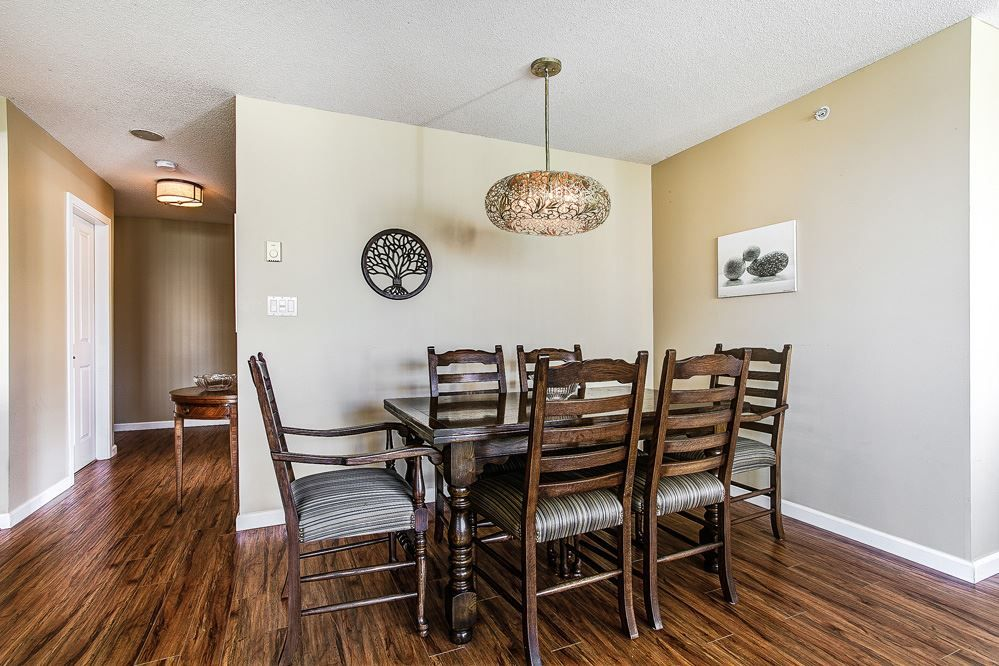 """Photo 8: Photos: 403 235 GUILDFORD Way in Port Moody: North Shore Pt Moody Condo for sale in """"THE SINCLAIR"""" : MLS®# R2187020"""