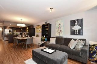 """Photo 1: 101 2137 W 10TH Avenue in Vancouver: Kitsilano Townhouse for sale in """"THE I"""" (Vancouver West)  : MLS®# R2097974"""
