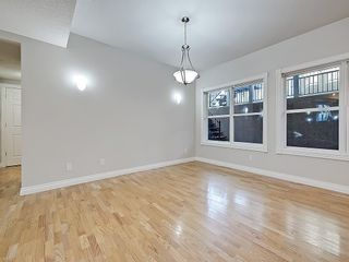 Photo 13: 302 Garrison Square SW in Calgary: Garrison Woods Row/Townhouse for sale : MLS®# C4225939