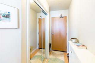 """Photo 6: 1105 680 CLARKSON Street in New Westminster: Downtown NW Condo for sale in """"THE CLARKSON"""" : MLS®# R2409786"""