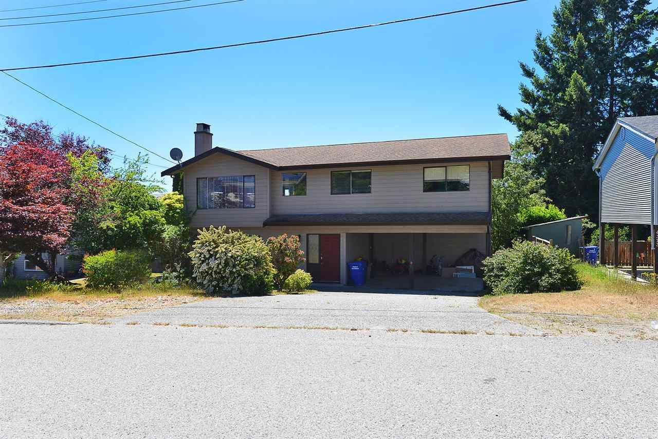 "Main Photo: 4367 CAMEO Road in Sechelt: Sechelt District House for sale in ""WILSON CREEK"" (Sunshine Coast)  : MLS®# R2417253"