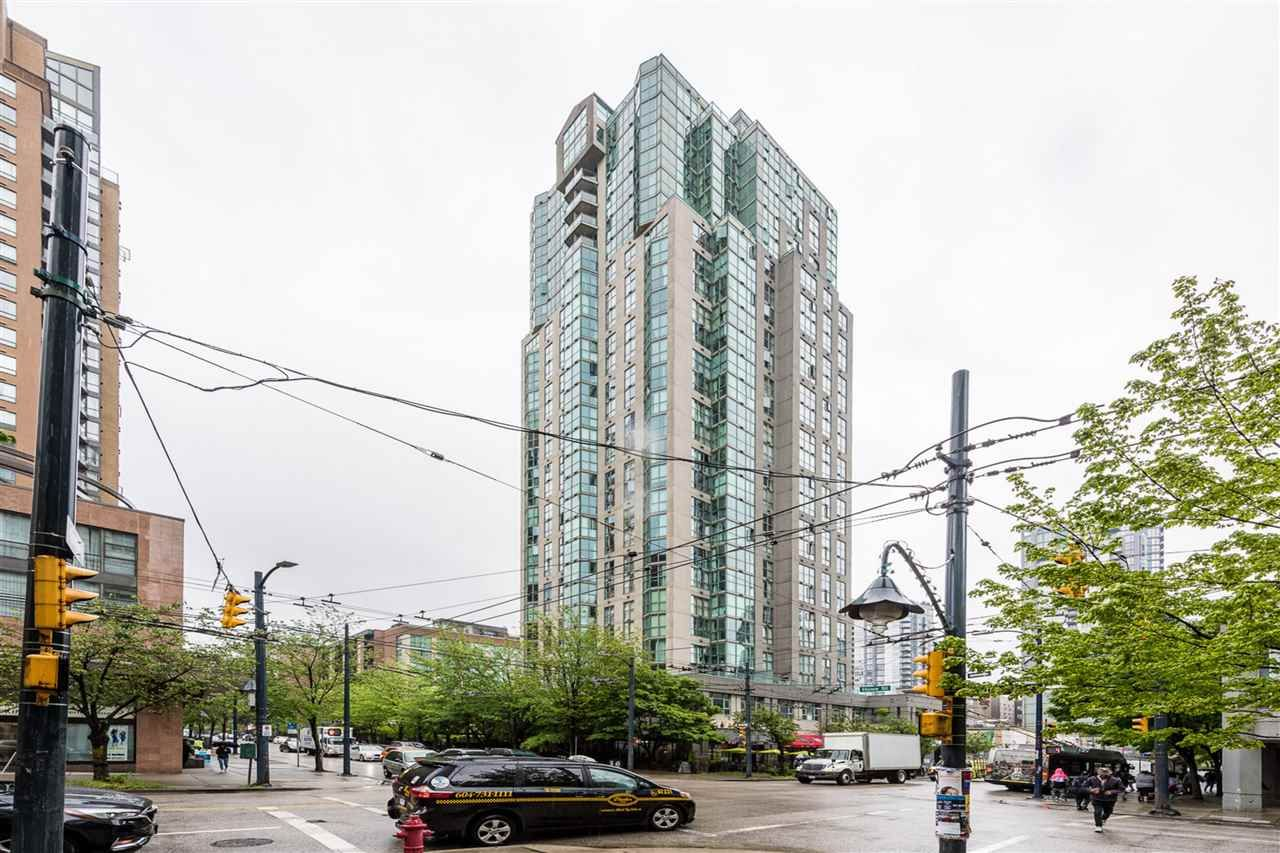Main Photo: 2201 1188 HOWE STREET in Vancouver: Downtown VW Condo for sale (Vancouver West)  : MLS®# R2368270