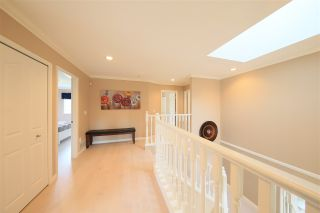 Photo 19: 1415 BRISBANE Avenue in Coquitlam: Harbour Chines House for sale : MLS®# R2544626