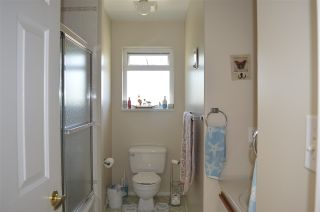 Photo 12: 5829 TRAIL Avenue in Sechelt: Sechelt District House for sale (Sunshine Coast)  : MLS®# R2081885