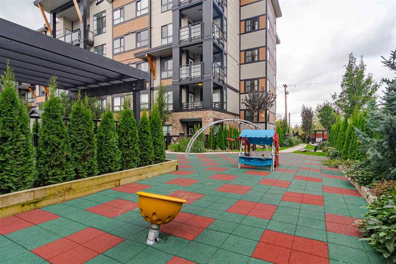 """Photo 22: Photos: 306 20829 77A Avenue in Langley: Willoughby Heights Condo for sale in """"The Wex"""" : MLS®# R2509468"""