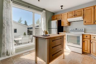 Photo 7: 21 WOODGLEN Crescent SW in Calgary: Woodbine Detached for sale : MLS®# A1026907