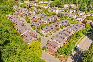 """Photo 6: 48 36169 LOWER SUMAS MOUNTAIN Road in Abbotsford: Abbotsford East Townhouse for sale in """"Junction Creek"""" : MLS®# R2584461"""