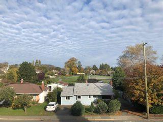 Photo 2: 302 1725 Cedar Hill Cross Rd in : SE Mt Tolmie Condo for sale (Saanich East)  : MLS®# 859028