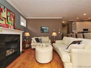 Photo 5: 969 Cavalcade Terr in VICTORIA: La Florence Lake House for sale (Langford)  : MLS®# 622566
