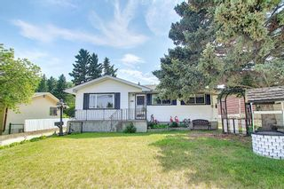 Main Photo: 8351 33 Avenue NW in Calgary: Bowness Detached for sale : MLS®# A1132808