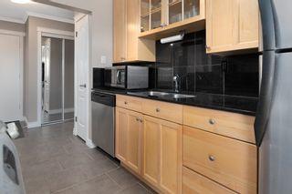 Photo 2: 303 9925 83 Avenue in Edmonton: Zone 15 Condo for sale : MLS®# E4258149