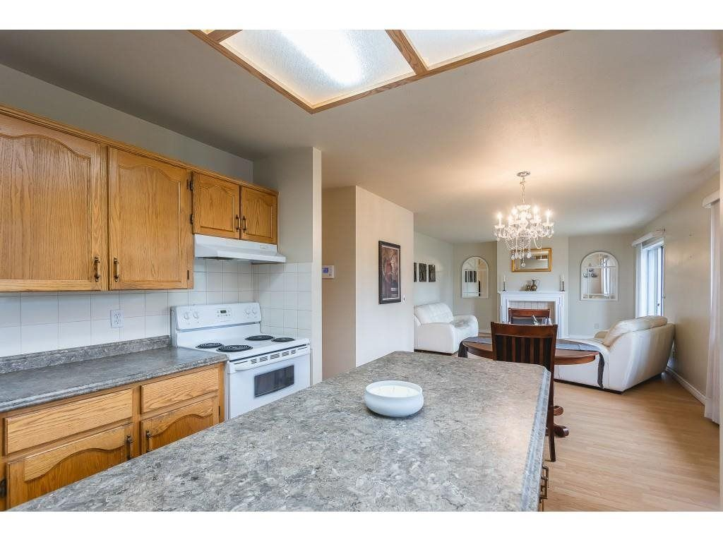 """Photo 8: Photos: 12 32821 6 Avenue in Mission: Mission BC Townhouse for sale in """"Maple Grove Manor"""" : MLS®# R2593158"""
