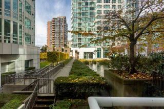 """Photo 14: TH16 1501 HOWE Street in Vancouver: Yaletown Townhouse for sale in """"OCEAN TOWER AT 888 BEACH"""" (Vancouver West)  : MLS®# R2528956"""