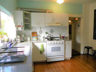 "Photo 7: 2838 - 2840 FRASER Street in Vancouver: Mount Pleasant VE House for sale in ""MT PLEASANT"" (Vancouver East)  : MLS®# R2487518"