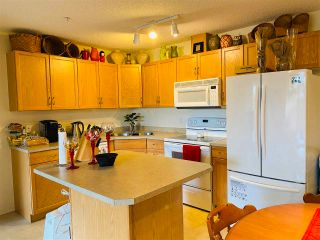 Photo 3: 143 16311 95 Street in Edmonton: Zone 28 Condo for sale : MLS®# E4240815