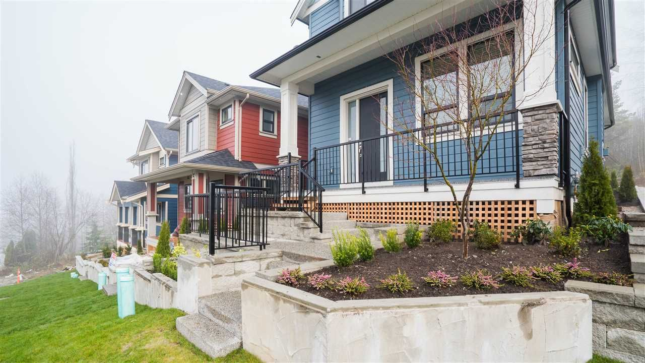 Photo 2: Photos: 2926 160 Street in Surrey: Grandview Surrey House for sale (South Surrey White Rock)  : MLS®# R2232839