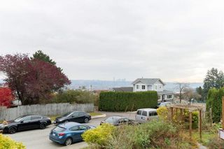 Photo 1: 440 SHERBROOKE Street in New Westminster: The Heights NW House for sale : MLS®# R2562323