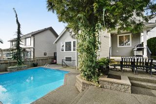 """Photo 24: 5878 165 Street in Surrey: Cloverdale BC House for sale in """"BELL RIDGE ESTATES"""" (Cloverdale)  : MLS®# F1432063"""
