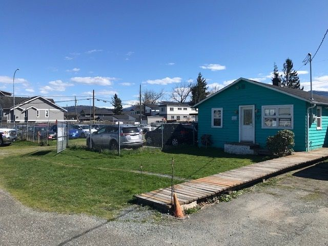 Main Photo: 145 SUMAS Way: Industrial for sale in Abbotsford: MLS®# C8037873