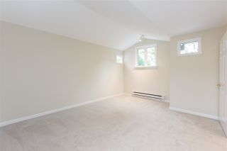 """Photo 12: 1570 BOWSER Avenue in North Vancouver: Norgate Townhouse for sale in """"Illahee"""" : MLS®# R2363126"""
