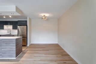 Photo 6: 11624 Oakfield Drive SW in Calgary: Cedarbrae Row/Townhouse for sale : MLS®# A1104989