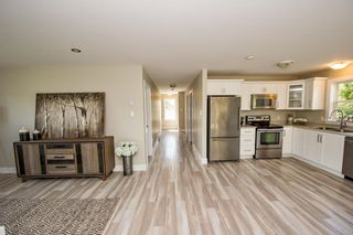 Photo 5: 247 Pinetree Crescent in Hammonds Plains: 21-Kingswood, Haliburton Hills, Hammonds Pl. Residential for sale (Halifax-Dartmouth)  : MLS®# 202113032