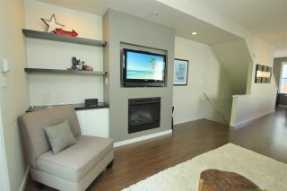 """Photo 7: 38 2495 DAVIES Avenue in Port Coquitlam: Central Pt Coquitlam Townhouse for sale in """"ARBOUR"""" : MLS®# R2068269"""